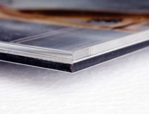 Verklebungen hinter Acrylglas